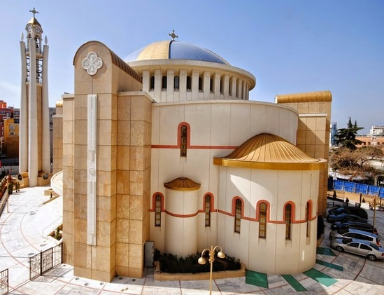 La nouvelle Cathédrale de la Résurrection à Tirana (Albanie)