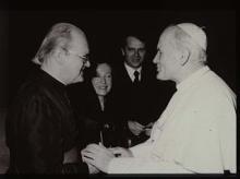Le père Franz Wasner (1905-1992), missionnaire dans les Îles Fidji, et Jean-Paul II