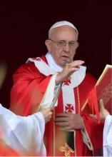 Le pape François célébrant la messe de Pentecôte