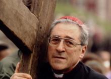 Le cardinal lors du traditionnel chemin de croix du Vendredi saint à Montmartre