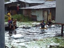 Dans le bidonville de Khlong Toey à Bangkok